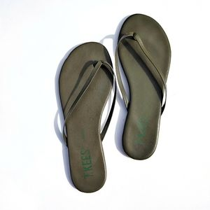 TKEES Liners Green Leather Flip Flops Sandals 10